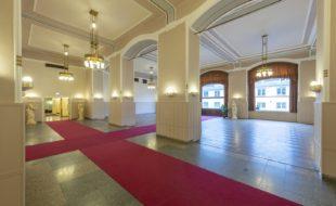 Společenský sál - Národní dům na Smíchově