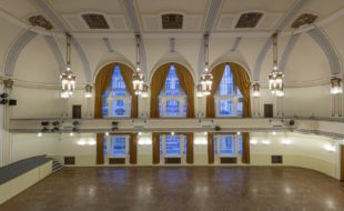 Velký sál - Národní dům na Smíchově